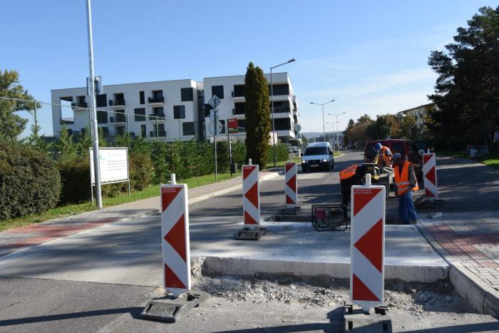 upravaú nájazdy na Karpatskej ulici