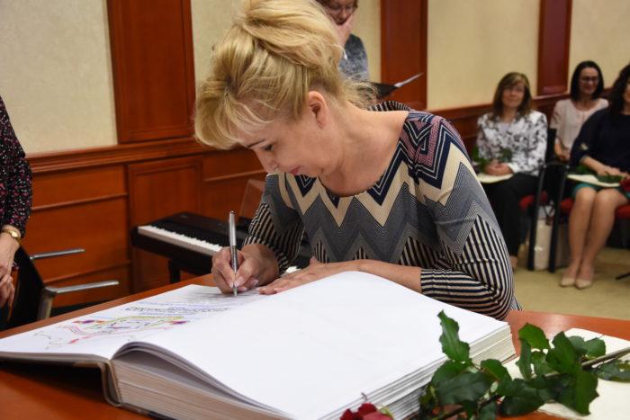 4 Eva Dobiašová