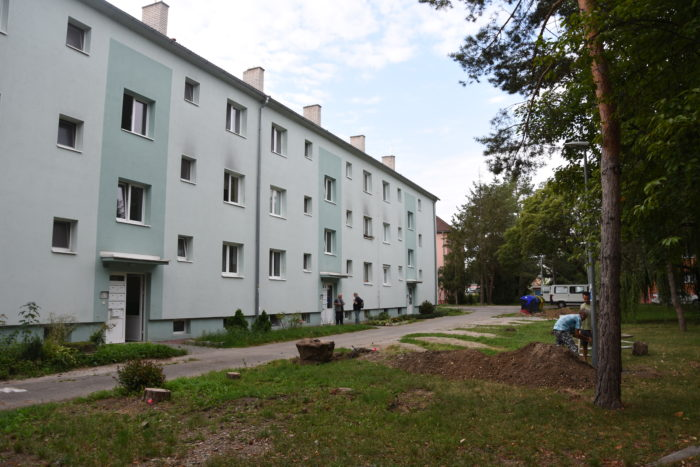 stavba parkovísk na Strojárenskej